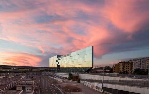 Architetture e involucro trasparente. Inaugurata a Roma la sede di Bnl Gruppo Bnp Paribas