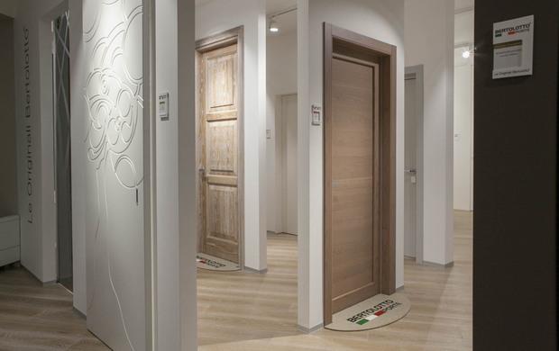 Porte per interni: aperto a Milano lo showroom monomarca di ...
