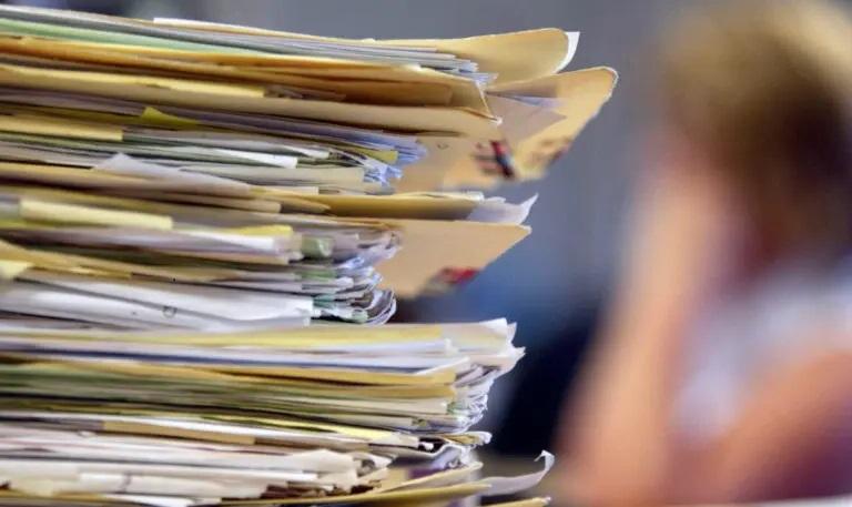 Sostituzione di infissi. Storie di ordinaria follìa burocratica