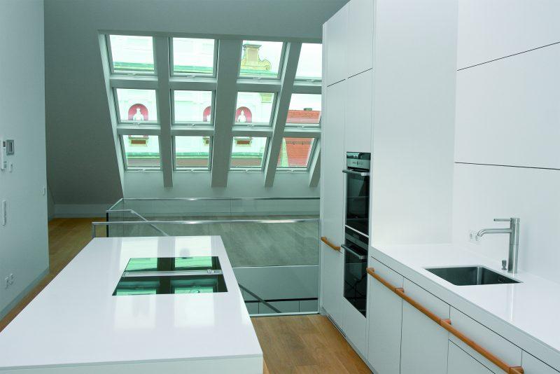 Finestre per tetti ftu v fakro guidafinestra - Altezza parapetti finestre normativa ...