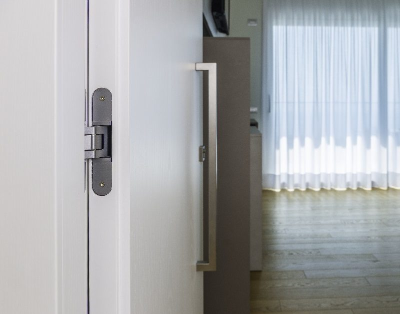 Hotel. Tecnologia al servizio del lusso, nell'involucro e nelle porte interne