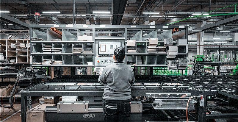 La versatilità dei maker in un'azienda di artigiani… in rete