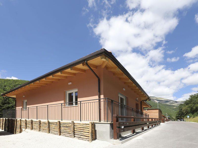 Saint-Gobain contribuisce alla costruzione del Centro di Comunità di Ussita
