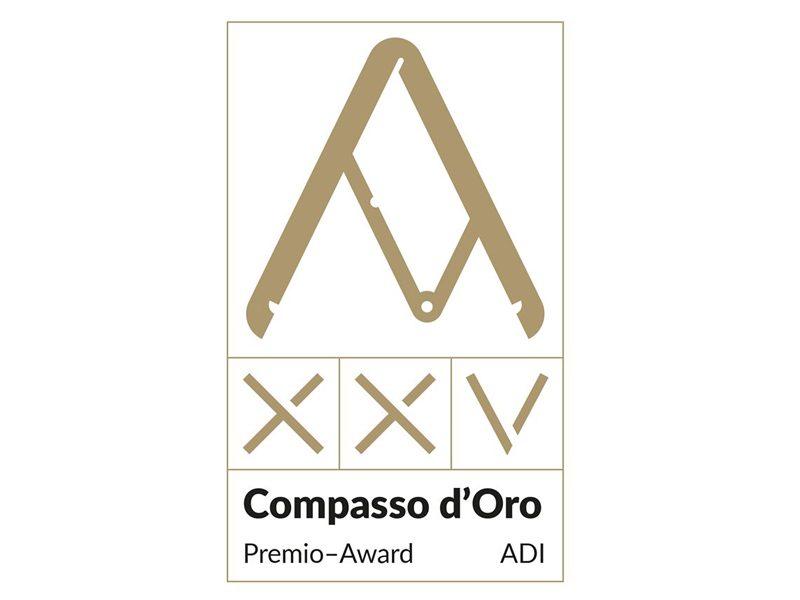 Serramenti: Compasso d'Oro a OS2 75 Secco Sistemi