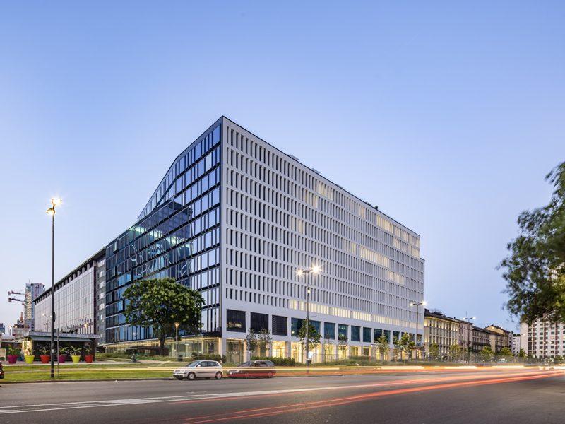 Facciate continue e serramenti fanno l'architettura dell'HQ Generali a Milano