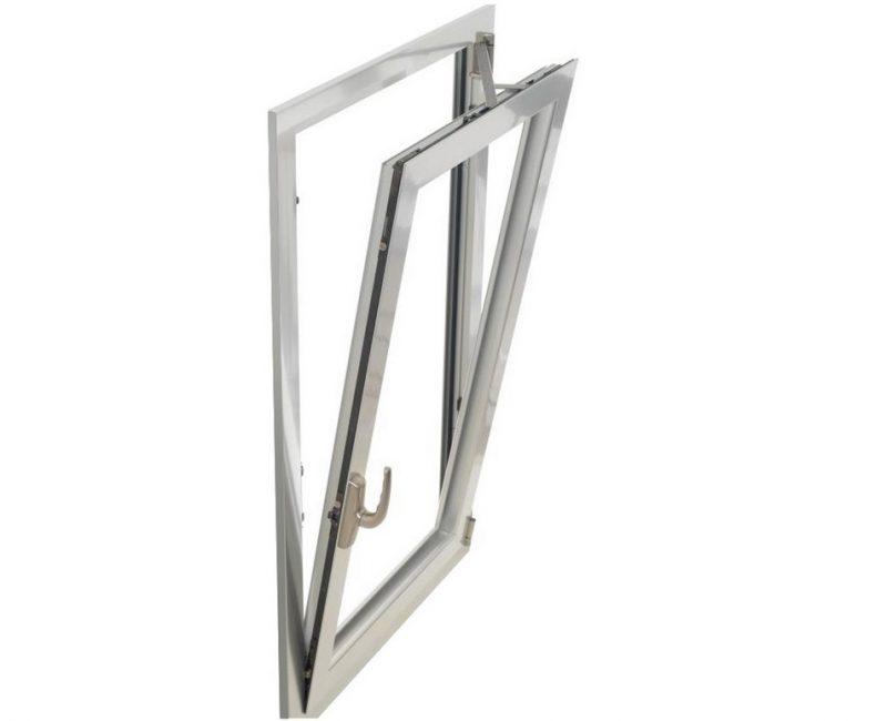 Accessori per serramenti. Nuova norma per gli accessori per anta-ribalta
