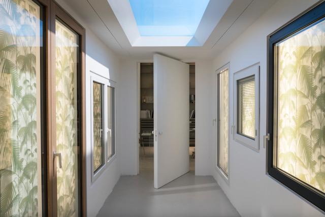 Serramenti minimal: Ponzio a Milano nello showroom SantaSofia27